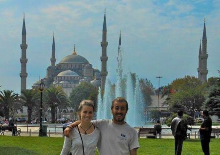 Житель США, путешествуя пешком вокруг света, дошел до Актау