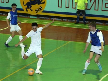 В Актау в финале Кубка города по футзалу команда ККМ-Бузачи выиграла за три секунды до свистка