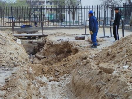 Коммунальные службы Актау начали ремонт водопроводных сетей