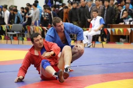 В Актау стартовал чемпионат по самбо среди сотрудников правоохранительных органов