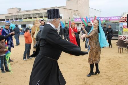 В Актау сотрудники полиции совместно с НКЦ организовали празднование Наурыза