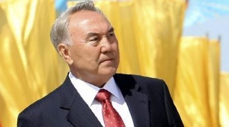 Назарбаев о развитии демократии в Казахстане: Стакан наполовину полон