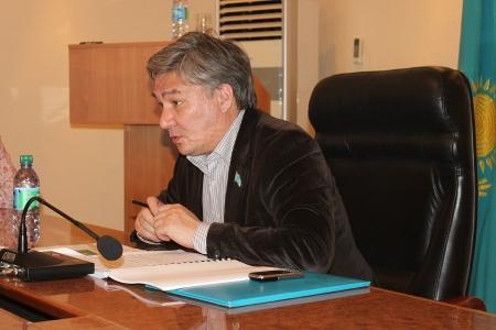 Депутаты Актау выразили недовольство состоянием городских дорог