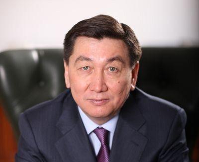 Поздравление акима Мангистауской области А. Айдарбаева с Днем Единства народа Казахстана