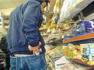В Мангистау задержаны два 18-летних парня, подозреваемых в серии краж