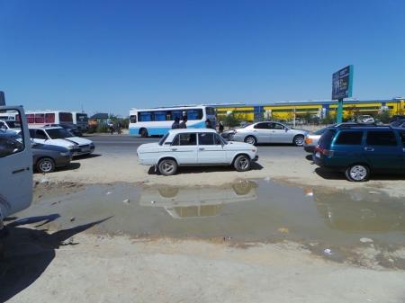 Фотопост: К юбилею Актау - про автобусные остановки в городе