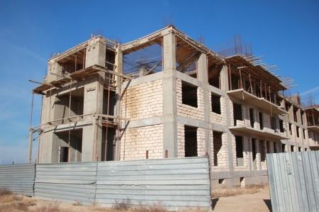 Жителей аварийных домов Жанаозена планируют переселить в Актау