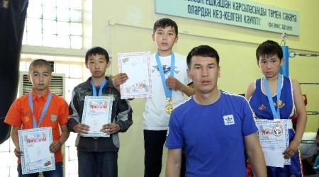 В Актау прошли областные соревнования по боксу среди детей