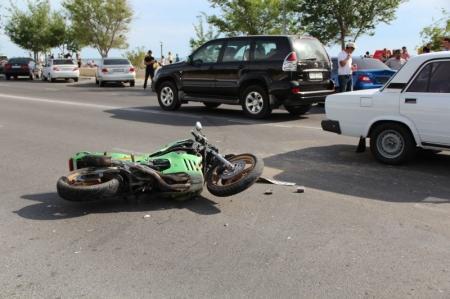 В Актау мотоциклист, попавший в ДТП в 14 микрорайоне, привлечен к административной ответственности