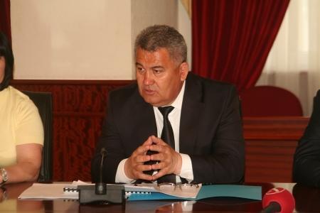 Суиндик Алдашев: Применение некачественных материалов отразилось на сроке строительства первой очереди микрорайона «Акку»