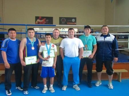 Мангистауские боксеры завоевали три бронзовые медали на молодежных играх в Павлодаре