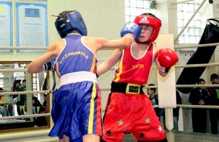 Из Атырау мангистауские боксеры привезли три золотые медали