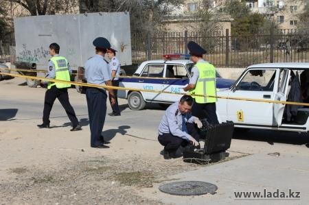 В Актау вынесен приговор преступникам, обстрелявшим машину и похитившим деньги