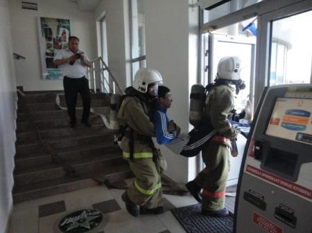 В Актау прошли пожарно-тактические учения в торговом комплексе «Байтерек»