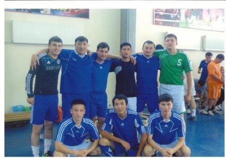 Кубок по мини-футболу среди госслужащих выиграли финансовые полицейские Жанаозена