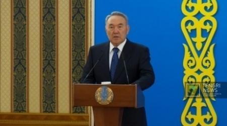 Президент Казахстана предрекает взрыв локальных финансовых систем