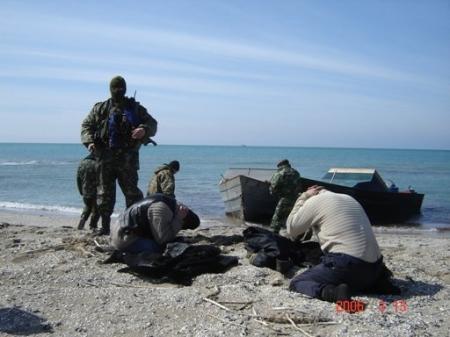 В территориальных водах Казахстана Мангистауской межведомственной группой задержаны три браконьерских судна