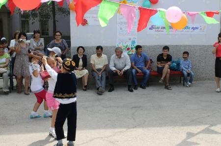 В Мангистауской универсальной библиотеке прошел праздник в честь Дня защиты детей