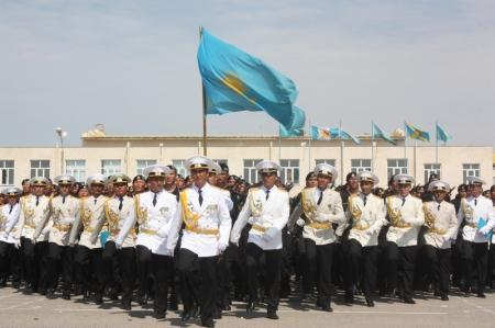 В Актау гвардейцы морской пехоты приняли присягу