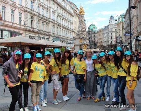 Ансамбль танца «Ритм girls» города Актау отметил свое 15-летие