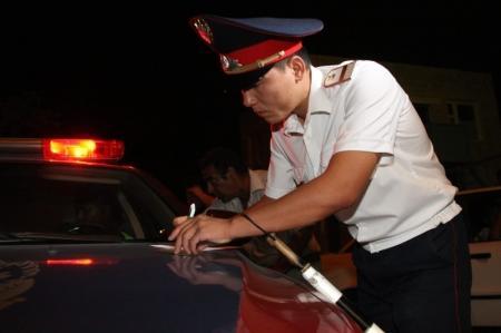 В Актау задержан 21-летний нарушитель ПДД, которого дважды лишали водительских прав за нетрезвую езду