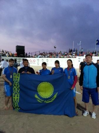 Актауские спортсменки завоевали пять медалей на Чемпионате мира по пляжной борьбе