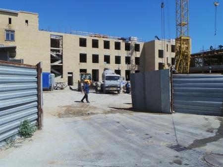 В первом микрорайоне Актау строится многопрофильная клиника Sofie Medgroup