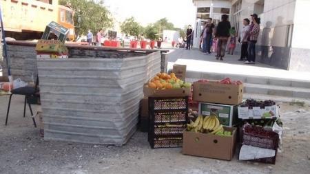 В Актау продолжается борьба с нелегальными торговцами