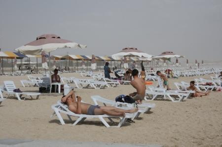 Пляжи Актау: Сколько стоит отдохнуть на взморье