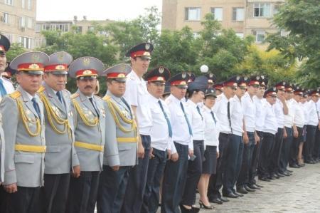 Мангистауские полицейские отмечают профессиональный праздник