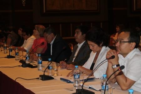 Актауская прокуратора встретилась с предпринимателями за круглым столом