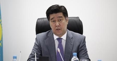 В Казахстане работу госслужащих будут оценивать СМИ и бизнес