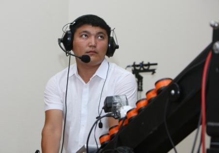 Алик Айдарбаев ответил на вопросы жителей региона в режиме онлайн