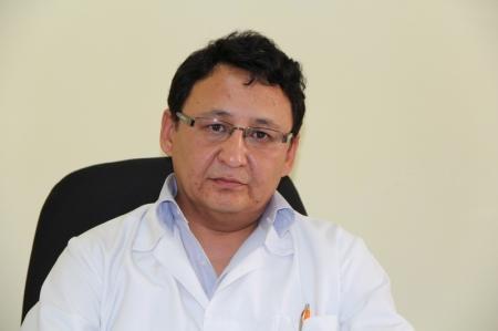Нурлан Муханов: По городу Актау всего пять человек с диагнозом рак, которым делают уколы морфия