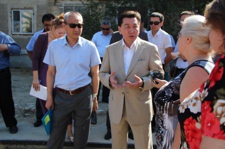 Алик Айдарбаев: В Актау будет создана мобильная группа по спасению зеленых насаждений