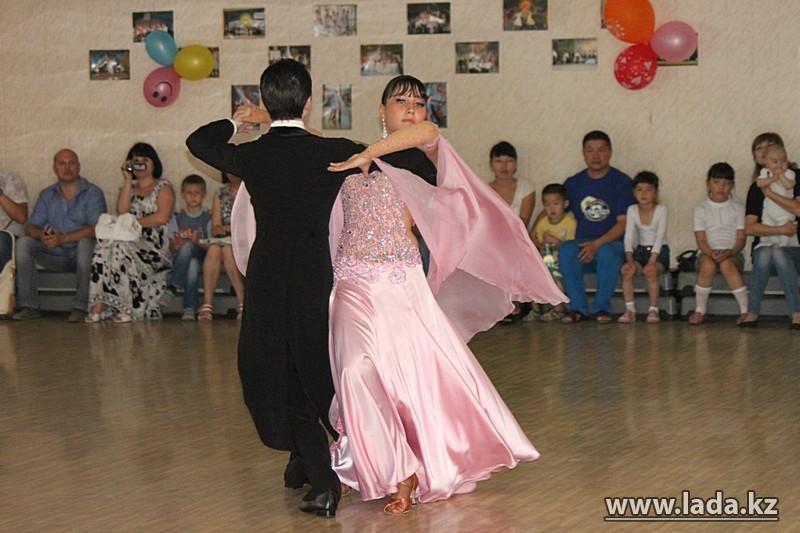 Среди бальных танцоров гомосексуалистов