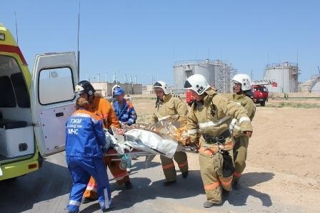 ДЧС Мангистауской области провели пожарно - тактические учения на складе ГСМ в аэропорту Актау