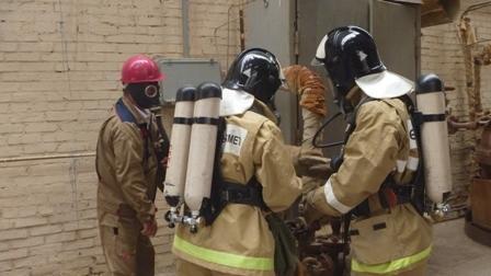 Актауские пожарные провели учебную тревогу на объекте ТОО «КазАзот»