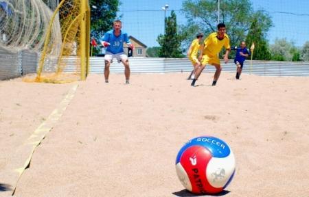 В чемпионате Мангистауской области по пляжному футболу участвует больше команд, чем в соревнованиях республиканского масштаба