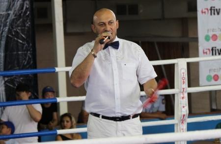 В Актау провели первый республиканский турнир по боям без правил