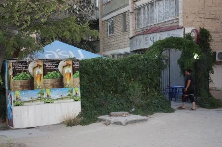Жители Актау жалуются на дым от шашлычных