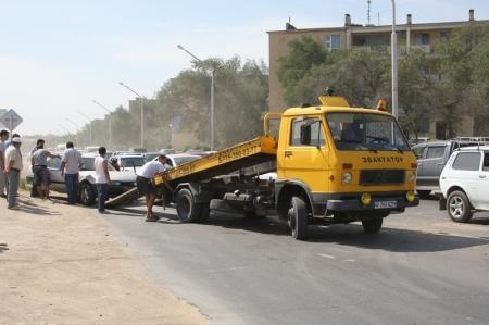 В результате аварии на перекрестке между 2 и 6 микрорайонами Актау образовалась пробка