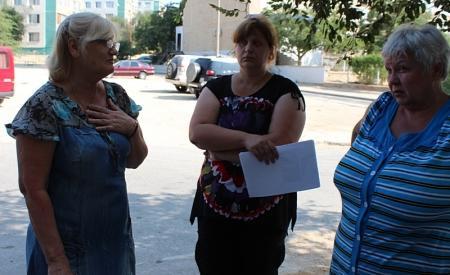 Жители девятого микрорайона Актау продолжают «воевать» с ПКСК