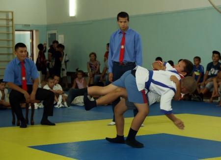 В Актау прошел турнир по казакша курес