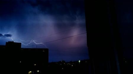 Молнии, гром и дождь. Природный фейерверк!