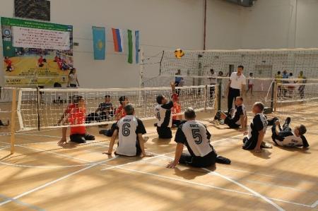 Ветераны Мангистау стали победителями международного турнира по волейболу сидя