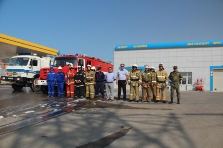 Сотрудники ДЧС Мангистауской области провели пожарно-тактические учения на автозаправке