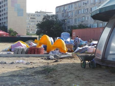 Детский городок строится в 13 мкр Актау