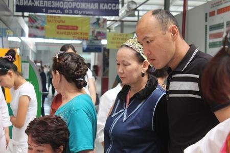 В Актау на центральном рынке прошла акция, направленная на борьбу с вирусными гепатитами