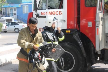 В Актау прошли пожарно-тактические учения в гостинице «Ренессанс»